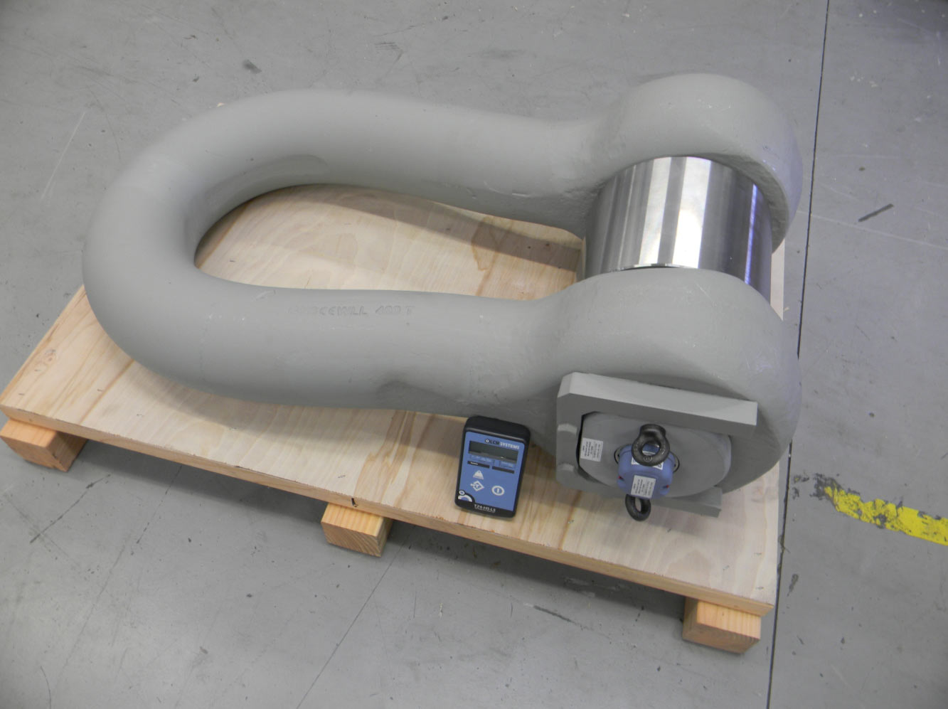 400te Telemetry Load Shackle For Offshore Application Ready For Despatch